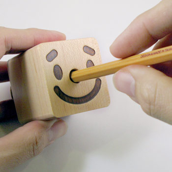 笑笑木一郎 削筆器SMILE WOODMENPencil sharpener