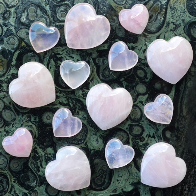 <div>Energy Muse-Rose Quartz Heart</div>