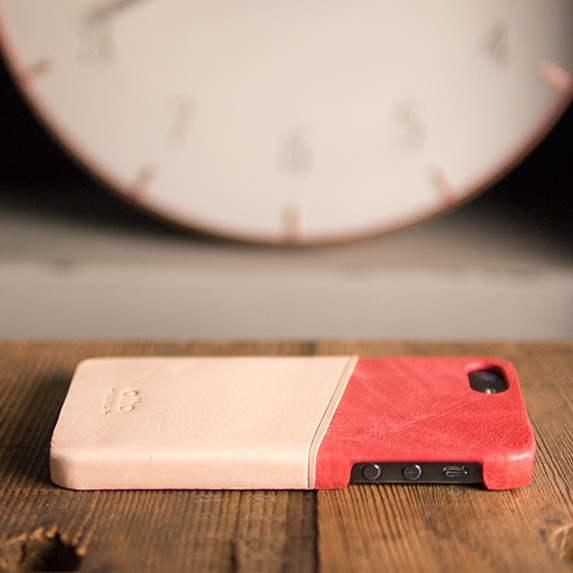 [alto] Metro Leather Case For iPhone 5S / SE 真皮手機殻背蓋 - 珊瑚紅